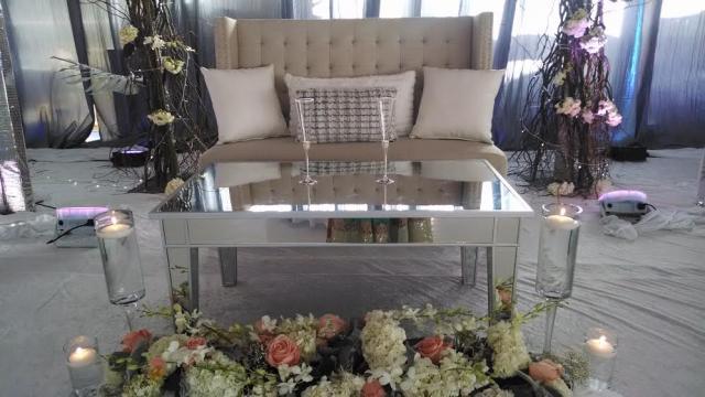 baige sofa